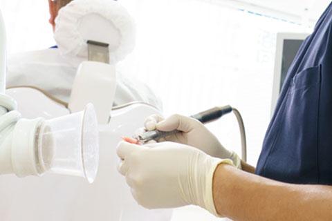 使用中の入れ歯の調整